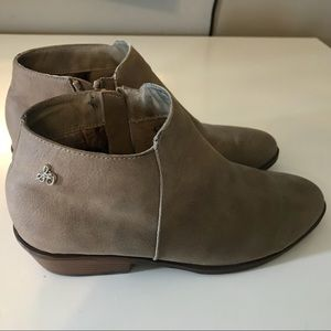 Sam Edelman Petty Boots Booties Taupe